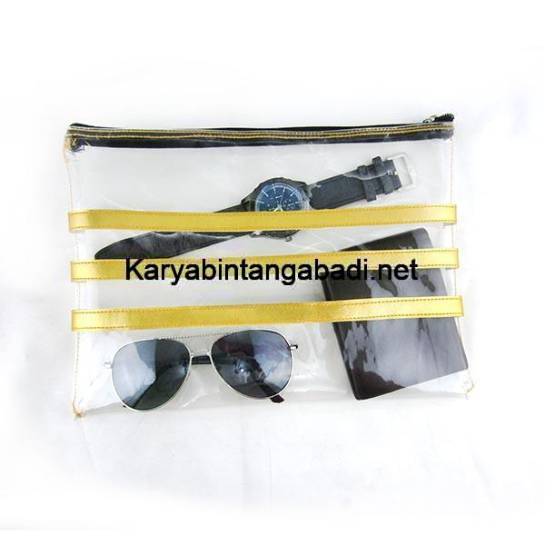 contoh tas pouch transparan