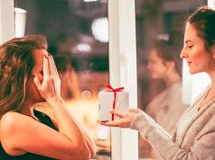 Kado untuk Sahabat Perempuan yang Murah dan Berkesan